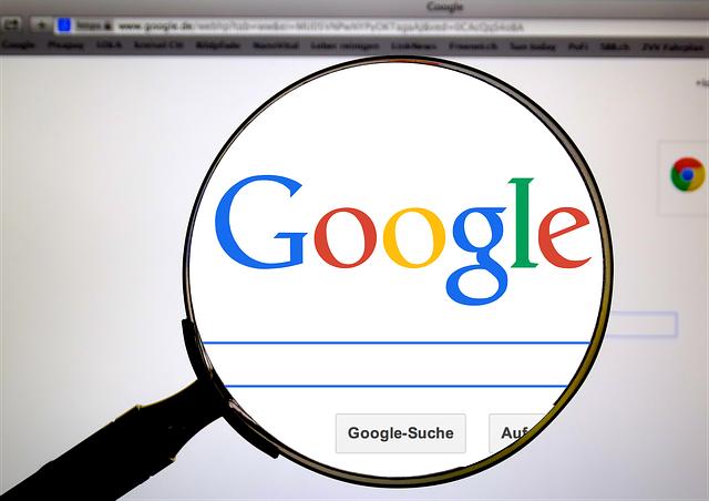 Google-to-buy-analytics-firm-Looker