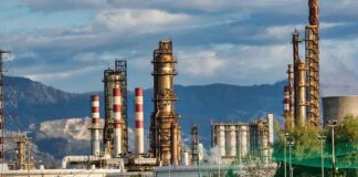 Oil-Prices-Fall-Ahead-of-OPEC-Meeting