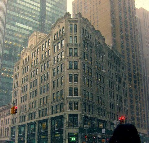 Manhattan-apartment-sales-down-during-last-quarter