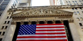 Buffet_Optimistic_About_Economy_Despite_Shutdown_Impacts