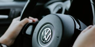 Volkswagen_Closes_$2.6_Billion_Deal_with_Argo_Al