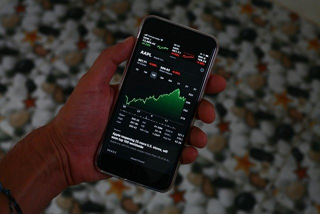 Apple-Stock-Has-Dropped-22%-and-Losing-$500-Billion