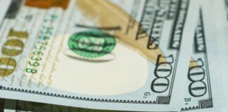 Bank-of-America-Giving-Cash-Bonuses-and-Stock-to-Workers
