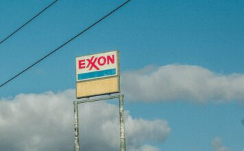Exxon-Shares-Higher-After-Jeff-Ubben-Joins-its-Board