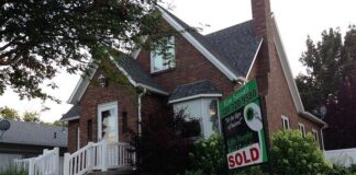 Pending-Home-Sales-More-Than-10%-Lower-in-February