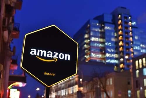 Amazon-Opening-Retail-Brick-and-Mortar-Stores